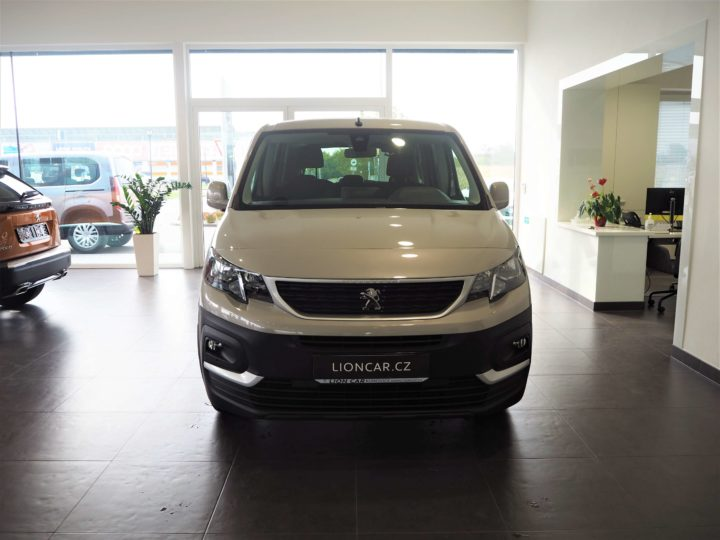 Peugeot Rifter Long Active M0EU