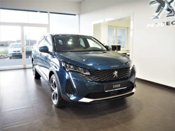 PEUGEOT 5008 ALLURE PACK 1.5 130k MAN6